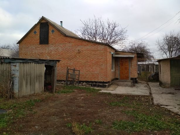 Продам будинок із земельною ділянкою ( с. Черкасівка)