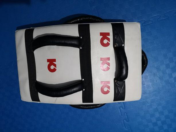 Plastron saco box
