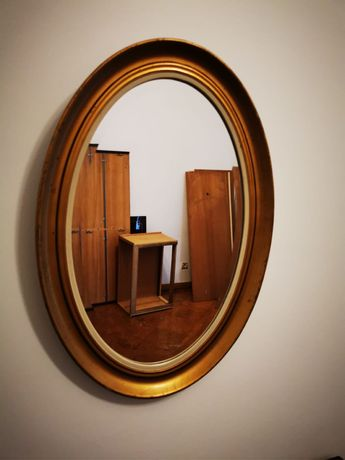 Espelho com moldura madeira