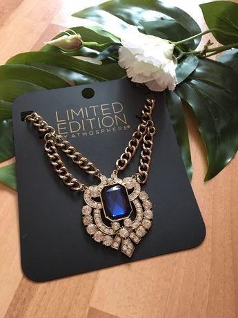 Przepiękny naszyjnik z niebieskim kamieniem