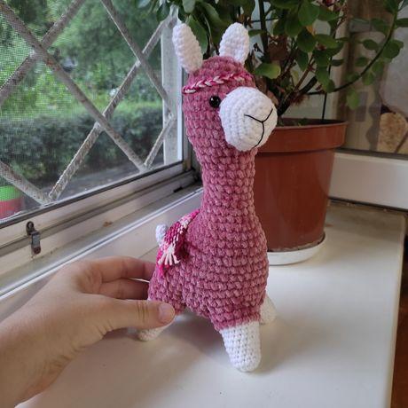 Игрушка лама розовая