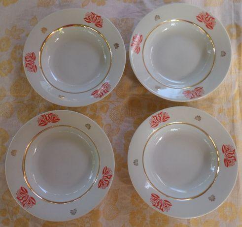 Новые глубокие красивые тарелки. Суповые, обеденные. Позолота. СССР