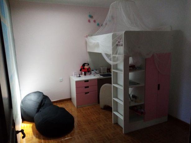 Móvel de cama em altura stuval Ika