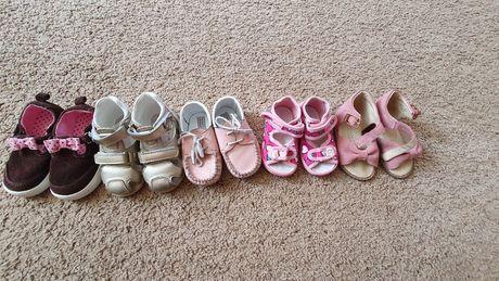 Обувь для девочки 19, 20, 21,  22 размери, босоножки, тапочки, туфли.