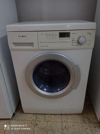 Máquina de lavar e secar.Entrego em casa