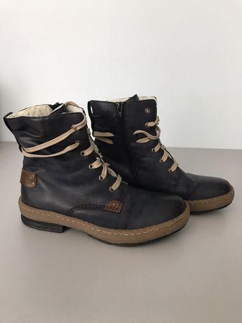 Шикарные теплые ботинки rieker