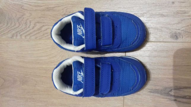 Buty dziecięce Nike, rozmiar 22