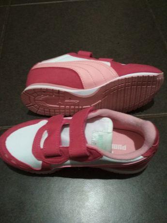 Кросівки Puma для дівчаток