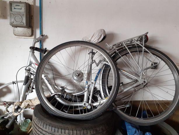 Rower Alu. Uszkodzony