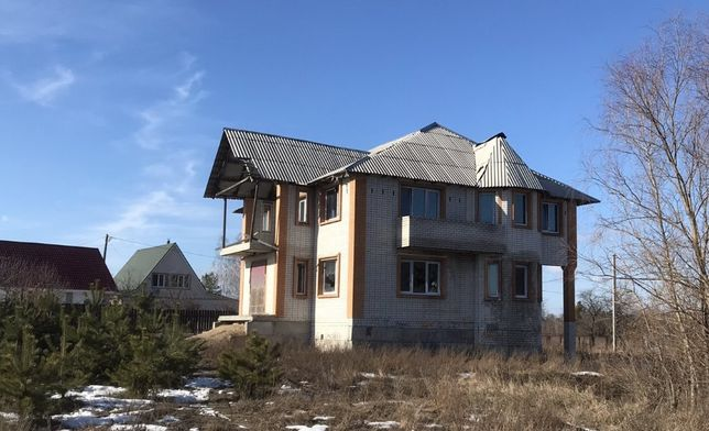 Двоповерховий будинок Васильків с.Крячки провулок Сосновий