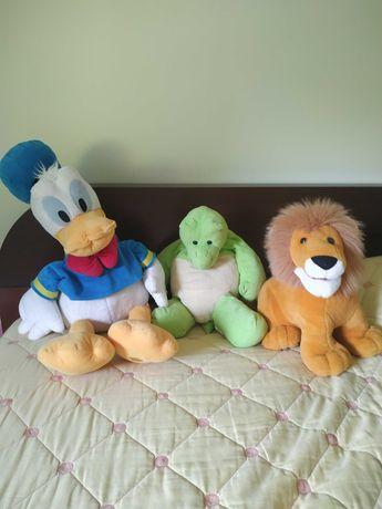 Peluches grandes - Pato Donald, Tartaruga, Leão e Caracol