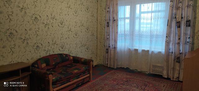 Свободна. Сдам 1-комнатную квартиру, низ пр. Кирова (Поля), центр.