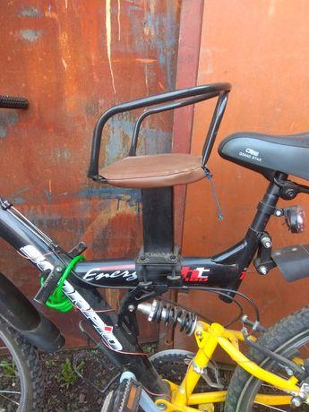 Сидіння дитяче на велосипед