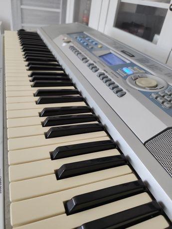 Keyboard Yamaha DGX - 200