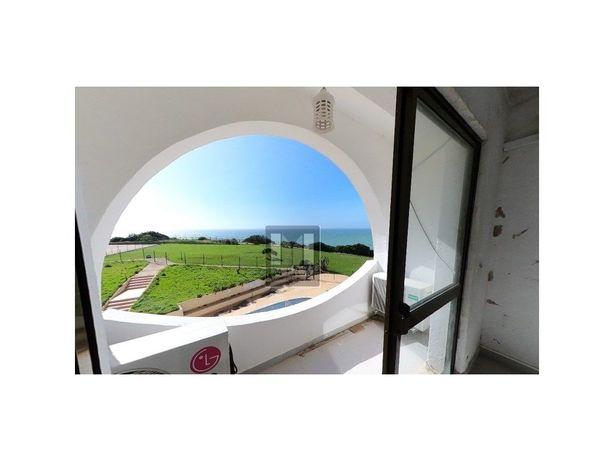 Carvoeiro - Apartamento T1 com vista mar e garagem