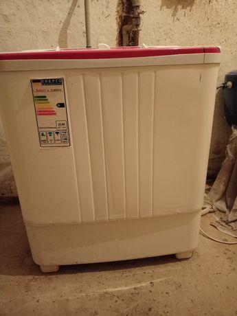 Продам стиральную машинку полуавтомат Сатурн