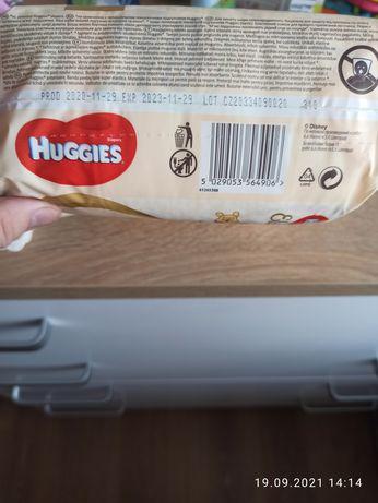 Продам памперсы фирмы Huggies