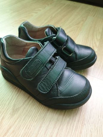 Шкіряні туфлі на хлопчика
