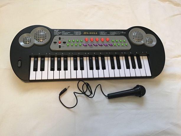 Синтезатор hs-888 с микрофоном