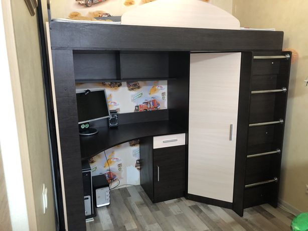 Кровать Чердак 3в1 (кровать , стол , шкаф)