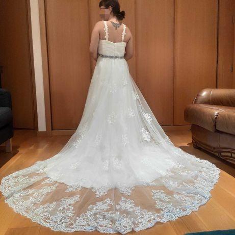 Vestido de noiva cai cai ou com alças