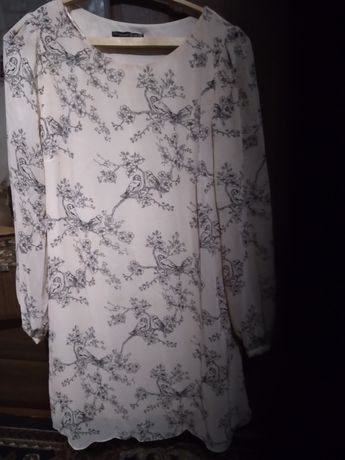 Плаття 50 розміру і на дівчинку до 7 років