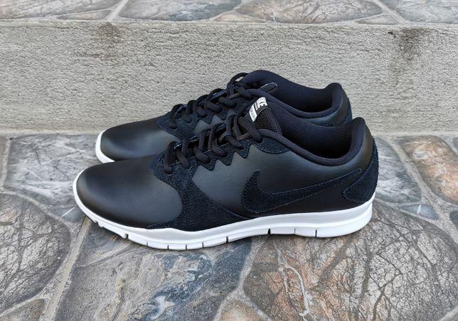 39 р. Оригинал кожаные кроссовки Nike Flex Essential Tr