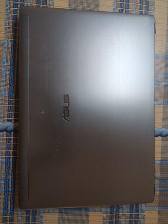 Ноутбук Asus U40S по детально