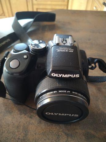 Aparat fotograficzny Olimpus SP-570UZ