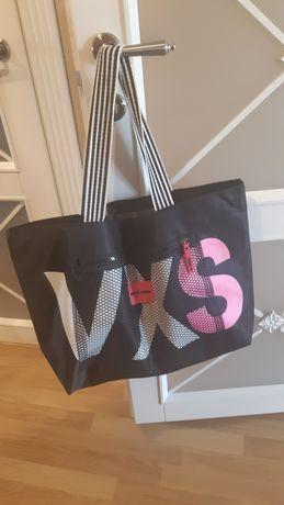 Женская спортивная сумка от VS.