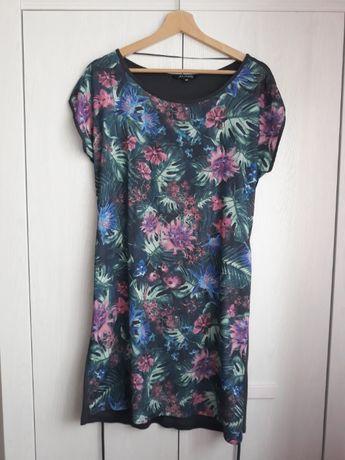 Sukienka w kwiaty Top Secret, r. 36