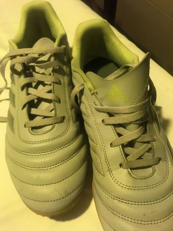 Sapatilhas Futsal 43,5