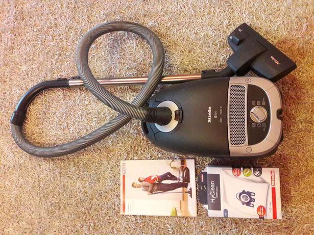 Продам пылесос Miele S 5210 с HEPA фильтром 2200W !