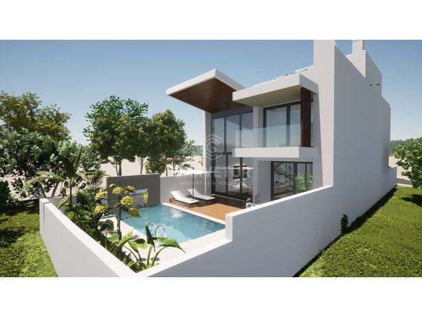 Moradias V3, geminadas, piscina individual, Santa Barbara...