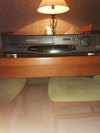 Odtwarzacz VHS Panasonic NV-HD600 Hi-FI Stereo