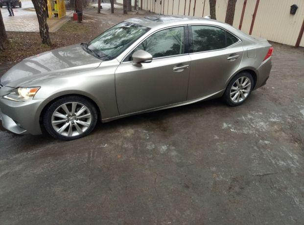 Продам Lexus is 250 или поменяю на квартиру, дом в пригороде Киева