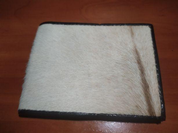 Мужской кошелек (портмоне) из натуральной кожи с ворсом
