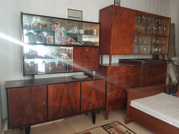 Zestaw mebli vintage o wysokim połysku z lat 50 / 60