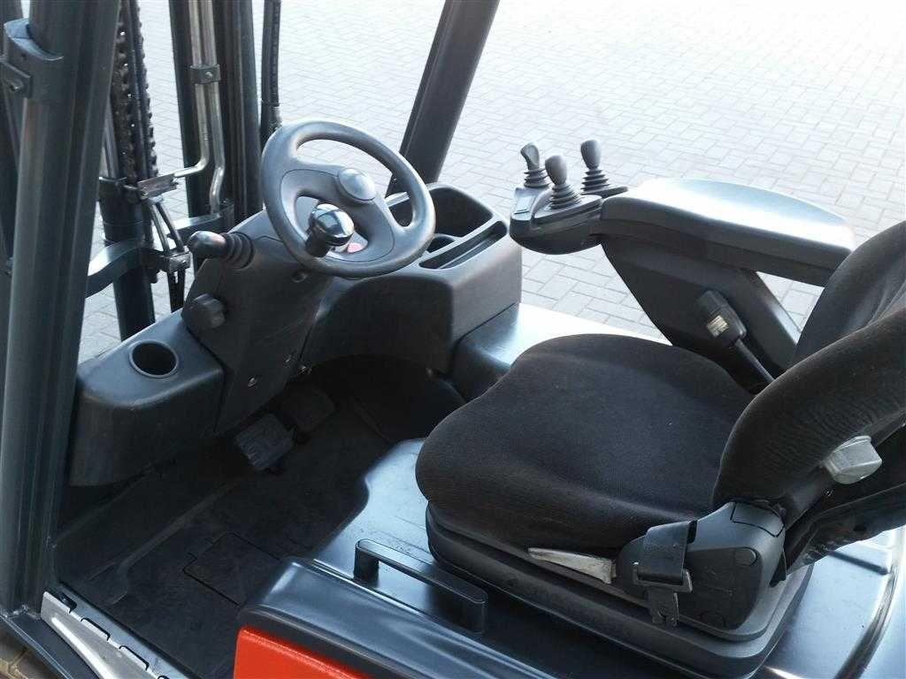Wózek widłowy Linde E16L-01  2012 rok  wolny skok