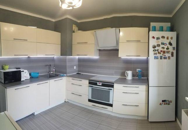 1-комнатная квартира 40м2 с ремонтом в Радужном !