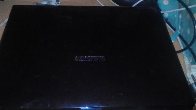Ноутбук Samsung R40 plus.