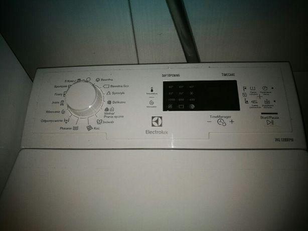 Sprzedam pralkę marki Electrolux otwierana od góry.