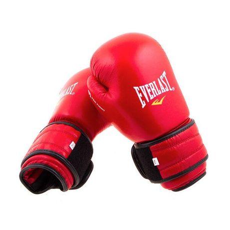 Кожанные боксерские перчатки.