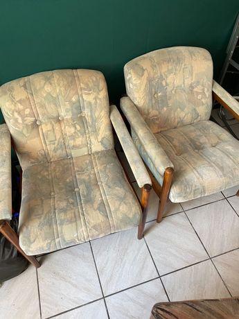 Dwa fotele po renowacji uzywane
