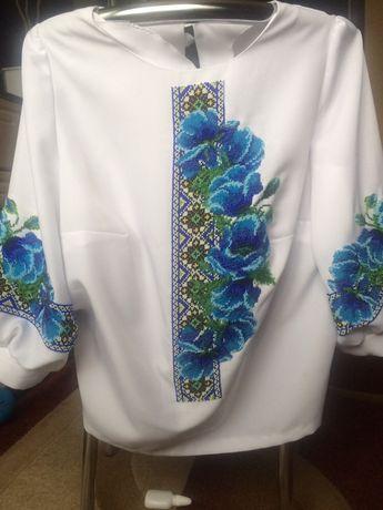 Вышиванка, блузка вышитая чешским бисером