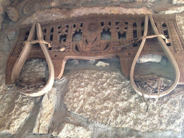 Canga antiga para junta de bois