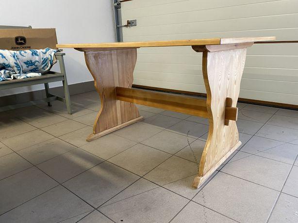 Stół sosnowy odnowiony