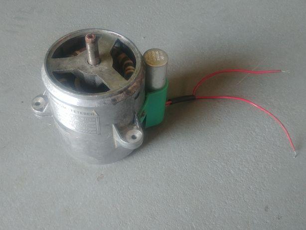 Silnik elektryczny 40W 220V 0,69A 50Hz rosyjski USSR okazja unikat
