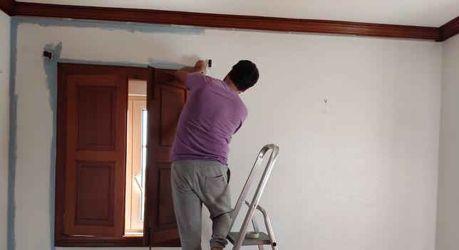 Executo serviços de construção civil