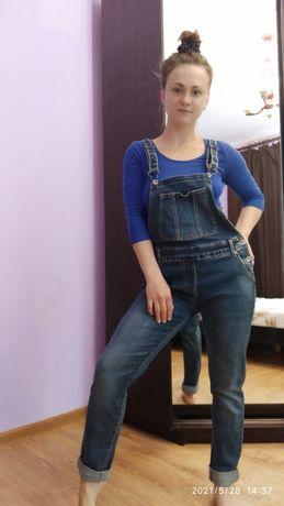 Джинси, джинсовий комбінезон
